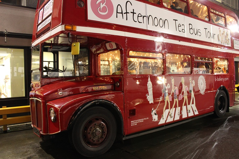London afternoon tea bus