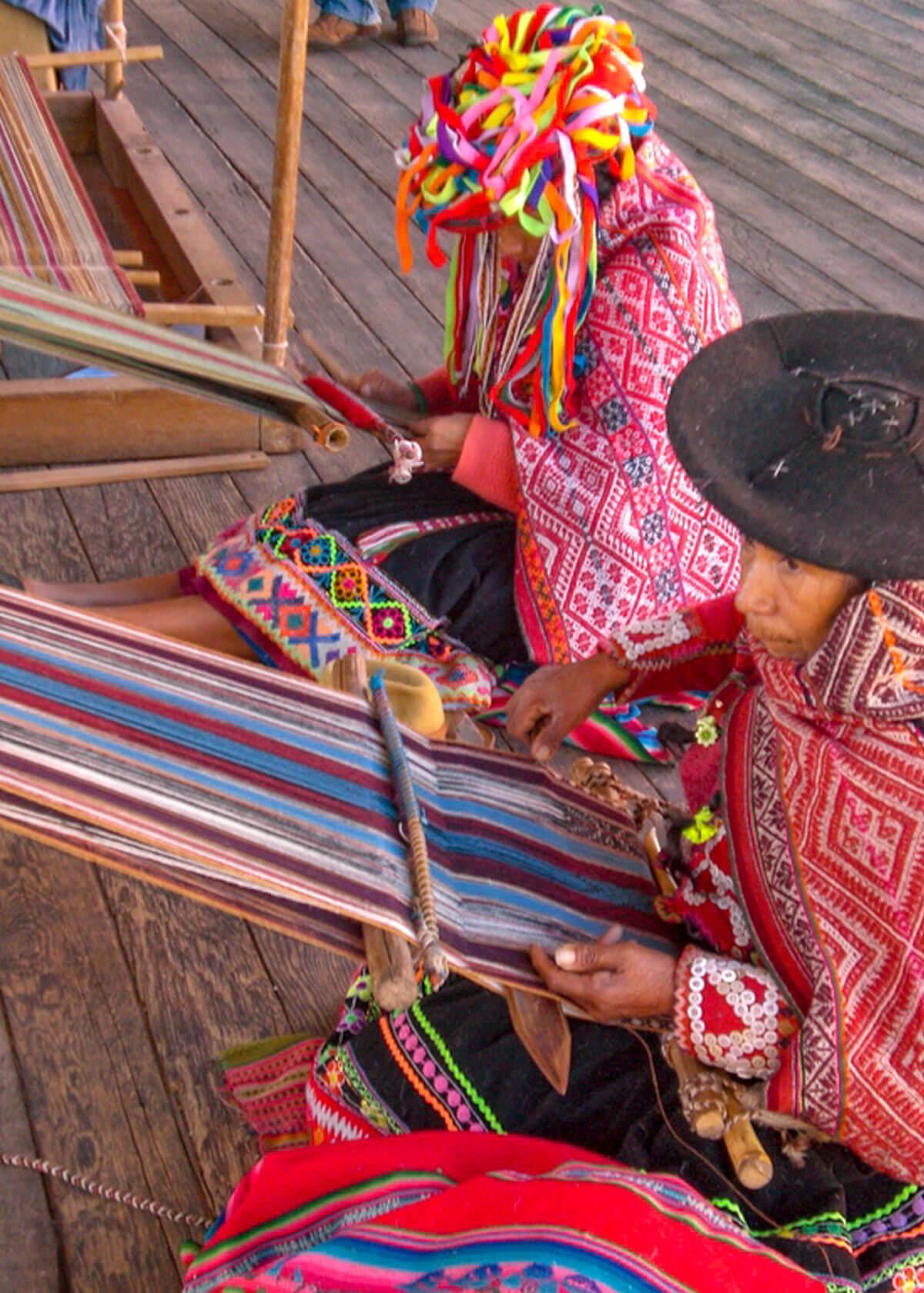 Alpaka Werkstätte mit Weberinnen
