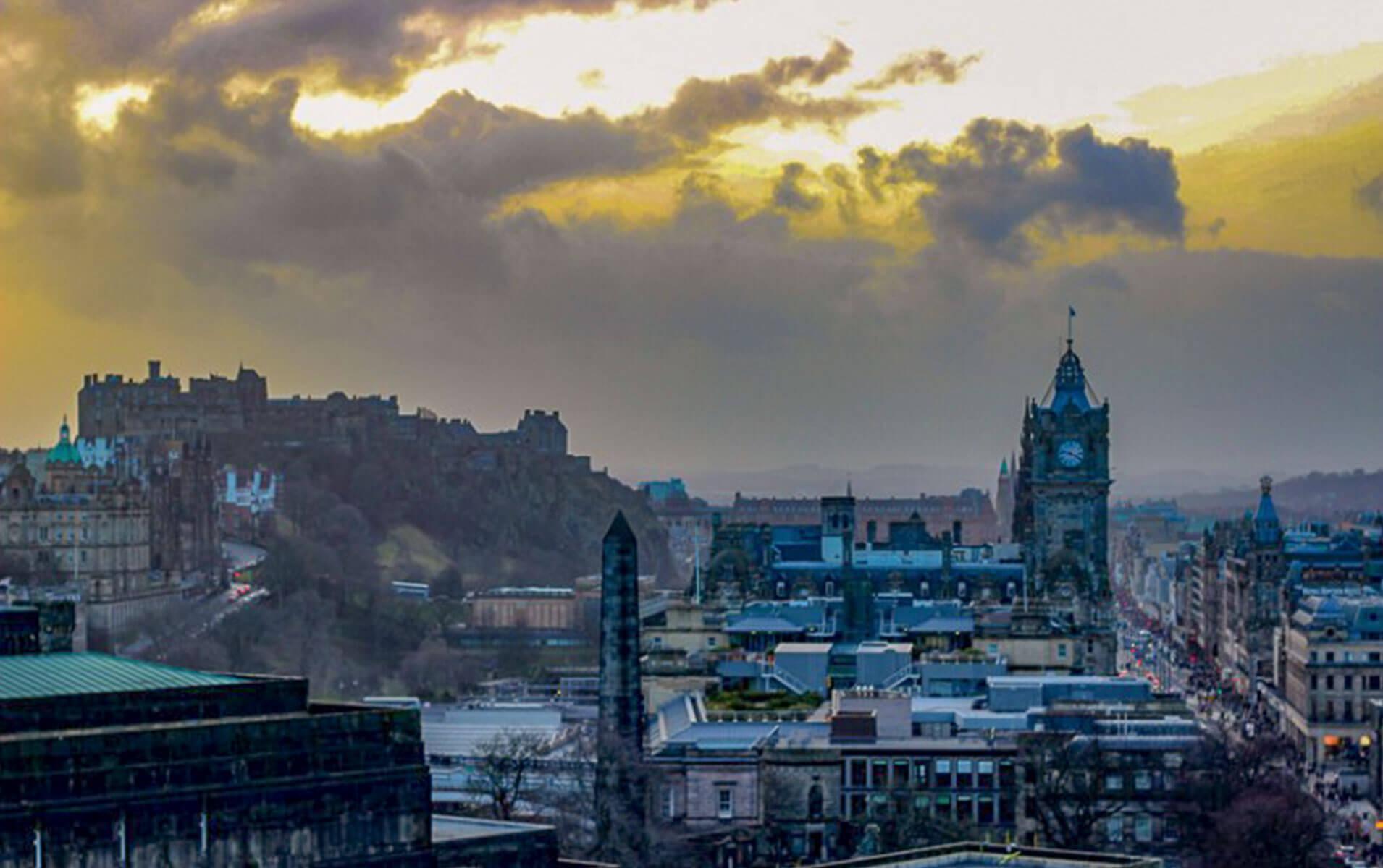 Stadtansicht Edinburgh Sonnenuntergang