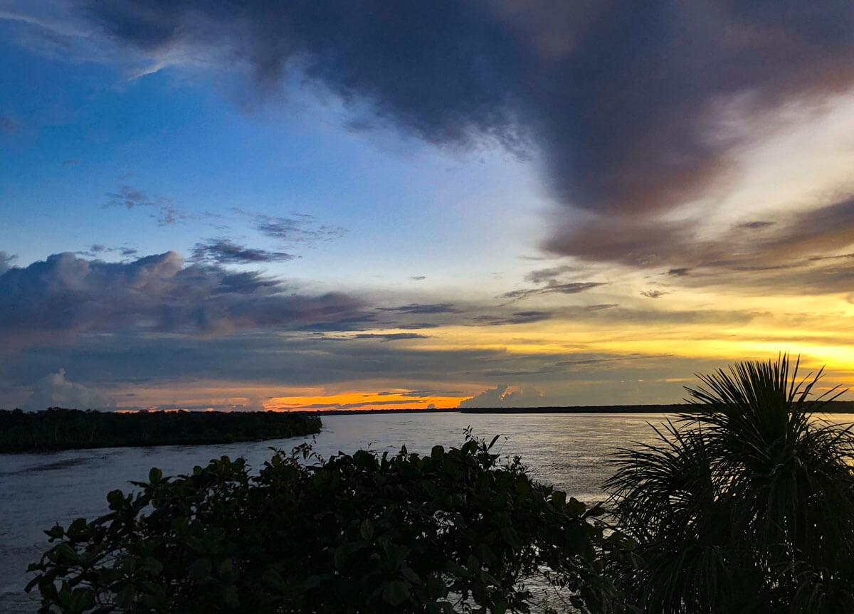 Sonnenuntergang Peru Regenwald