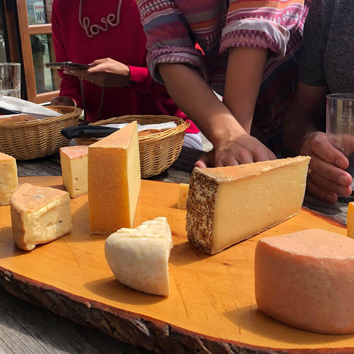 Schweizer Käseplatte