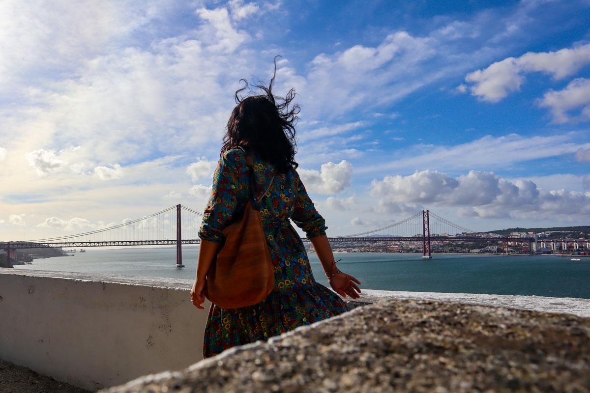 Almada andere Seite Lissabon
